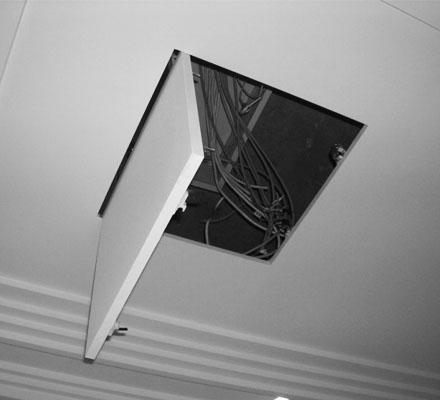 Люк невидимка на потолок